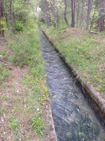 canal d amenée d eau d une microcentrale