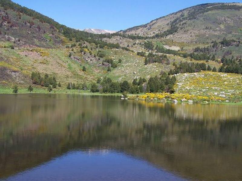lac d'altitude d'une microcentrale hydroélectrique