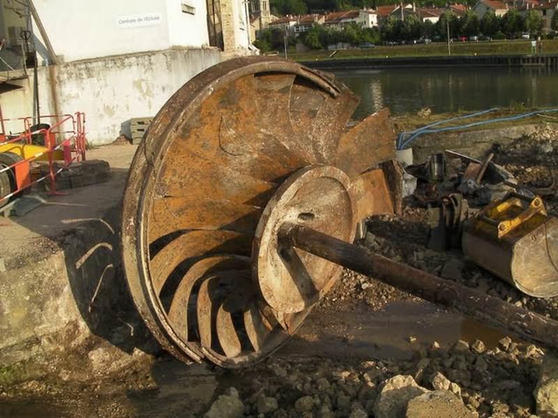 turbine francis de 1917 démontée en 2010